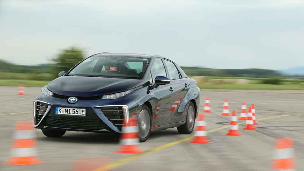 Toyota Mirai: probamos y medimos el coche de hídrógeno