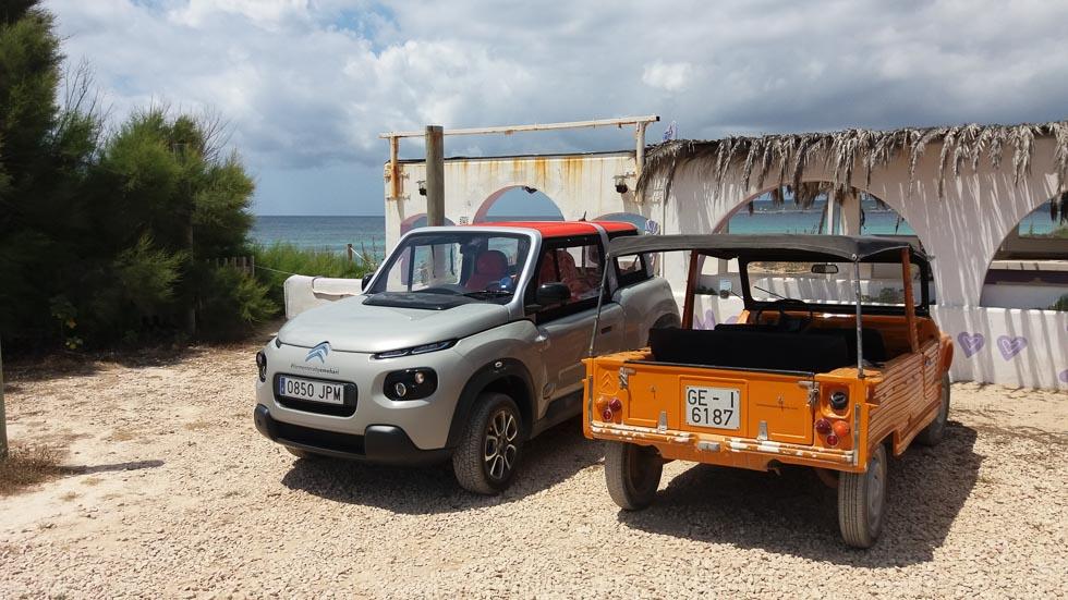 Recorremos Formentera con un Citroën e-Mehari