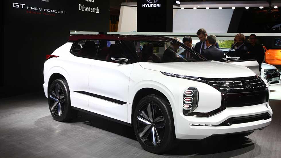 Mitsubishi gt phev concept nuevo suv para el sal n de for A total concept salon