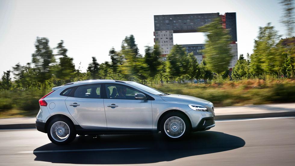 Volvo V40 Cross Country D2: consumo real e impresiones