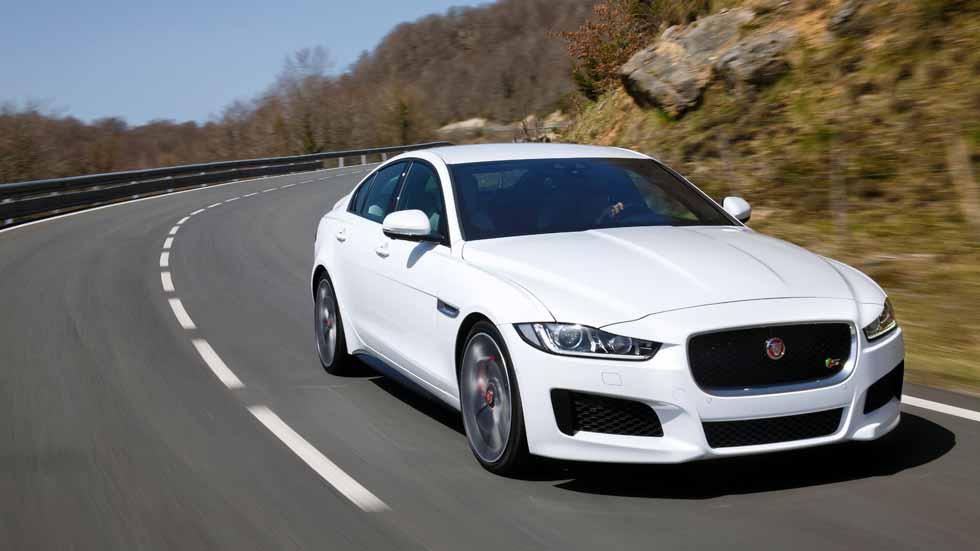 Jaguar y Land Rover estrenarán motores de gasolina Ingenium