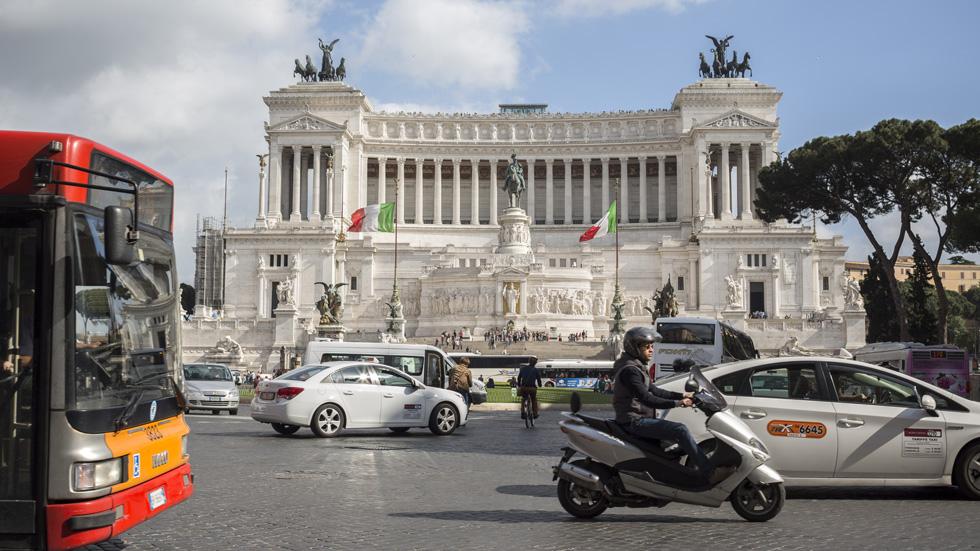 Dudas: ¿con el carné provisional se puede conducir por Europa?