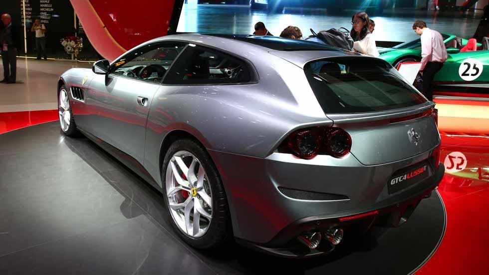Ferrari GTC4 Lusso T... ¡Turbo-propulsión!