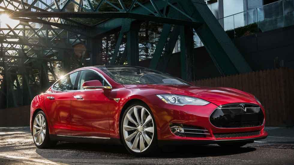 Clientes noruegos demandan a Tesla porque sus coches no aceleran lo prometido