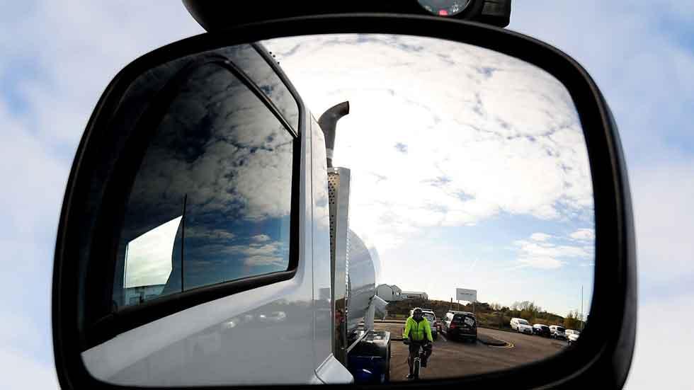 Lo último en seguridad: detector de ciclistas y peatones para camiones