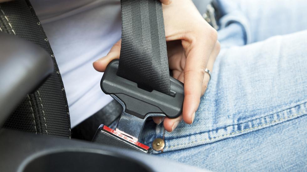Las lesiones que puedes sufrir si llevas puesto el cinturón de seguridad