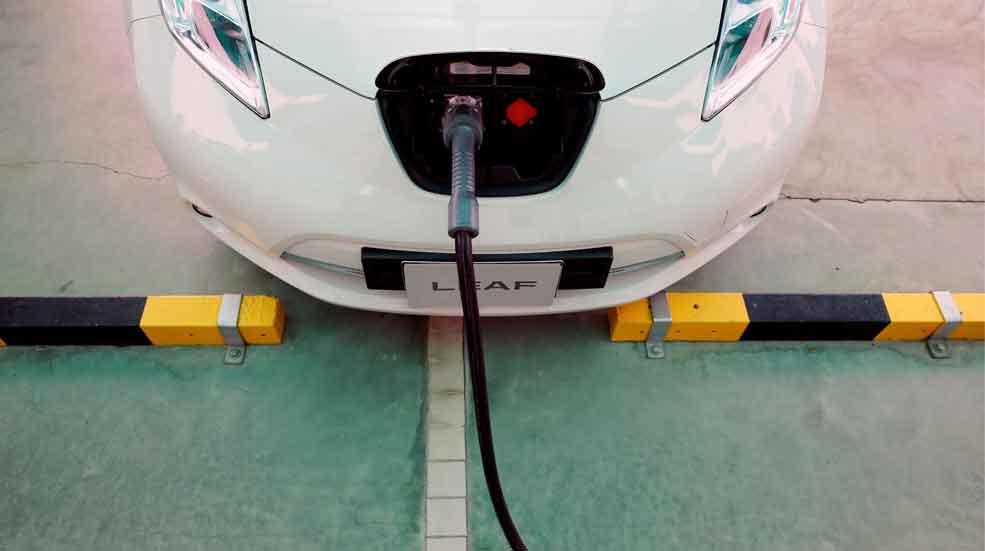 Patentan en Barcelona un sistema para recargar coches eléctricos en edificios