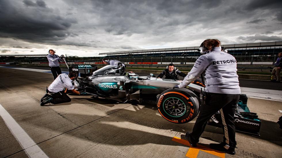 Jorge Lorenzo probó el Mercedes de F1