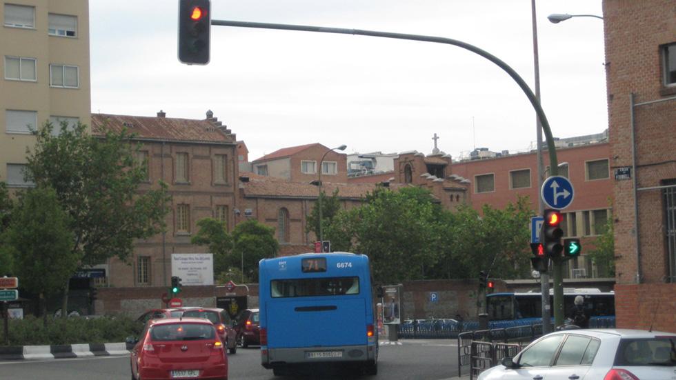 Las 20 cámaras de sistema foto-rojo que más multan en Madrid