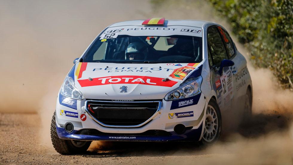 Pepe López, gran campeón de la Peugeot 208 Rally Cup francesa