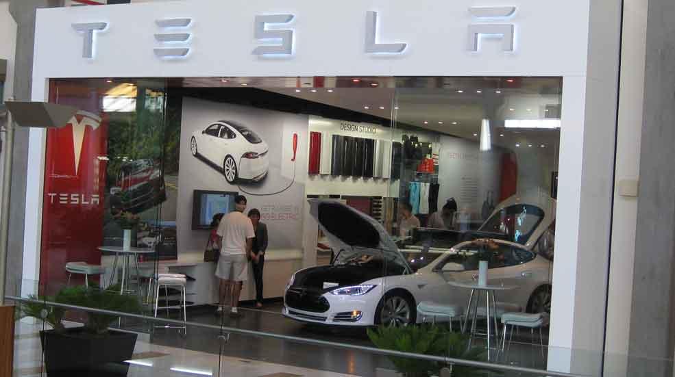 Tesla se implantará en España: ya busca trabajadores