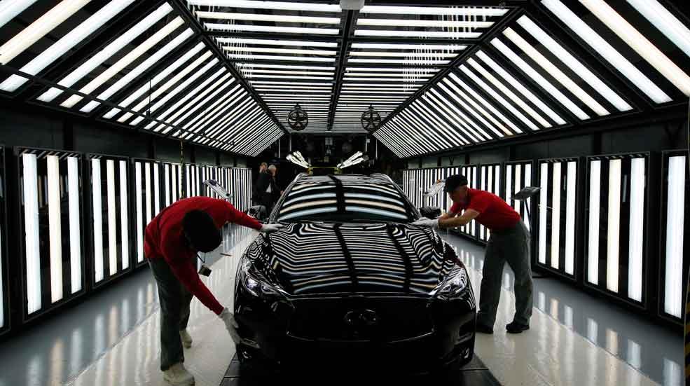 Infiniti venderá sus coches en la red Renault