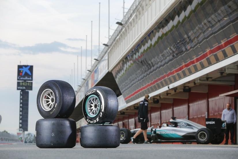 Pirelli rodó en el Circuit de Catalunya con Nico Rosberg