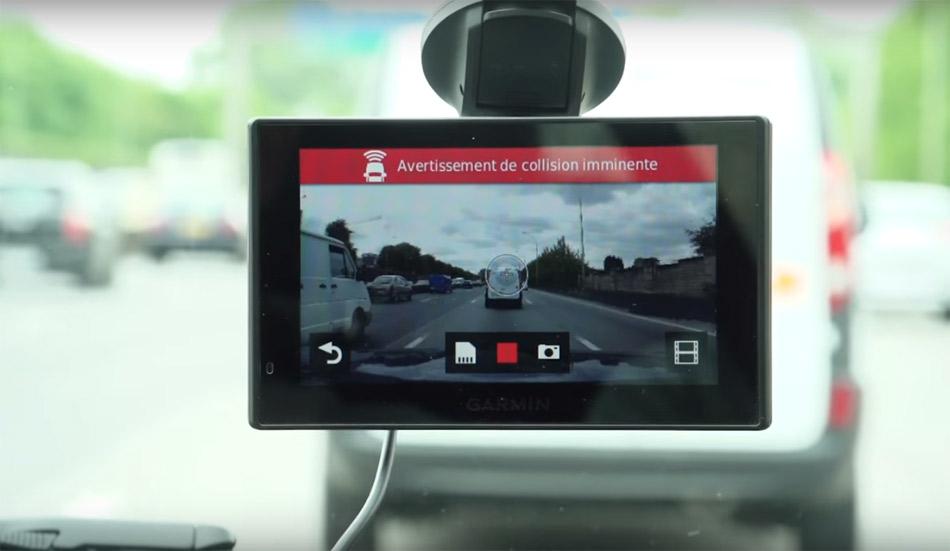 Navegador Garmin con cámara y sistemas de asistencia incluidos