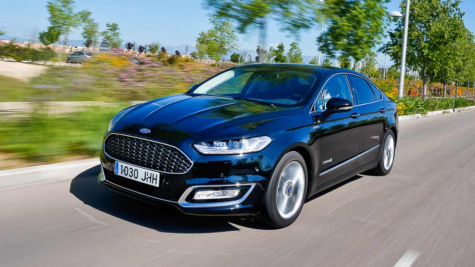 Ford Mondeo HEV: a prueba un coche híbrido más que interesante