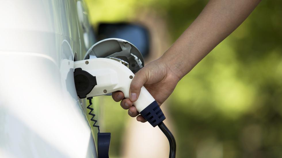 Mapfre y su servicio de asistencia en carretera para coches eléctricos