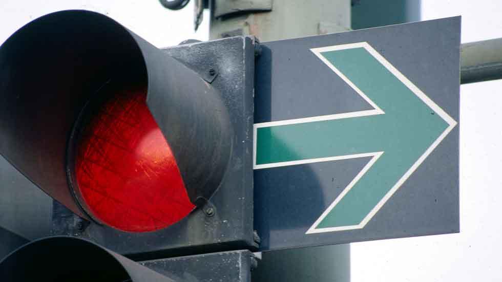 Ford y su sistema para evitar semáforos en rojo