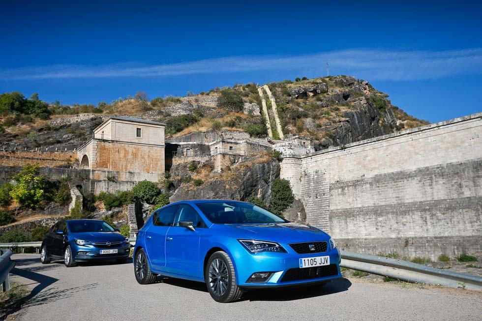 Opel Astra 1.4 Turbo vs Seat León 1.4 TSI: ¿cuál es el mejor gasolina?