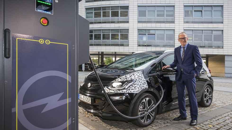 Opel Ampera-E: 150 km con recarga de 30 minutos