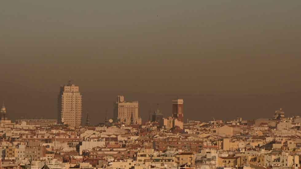 Madrid prohíbe aparcar en el centro a los no residentes