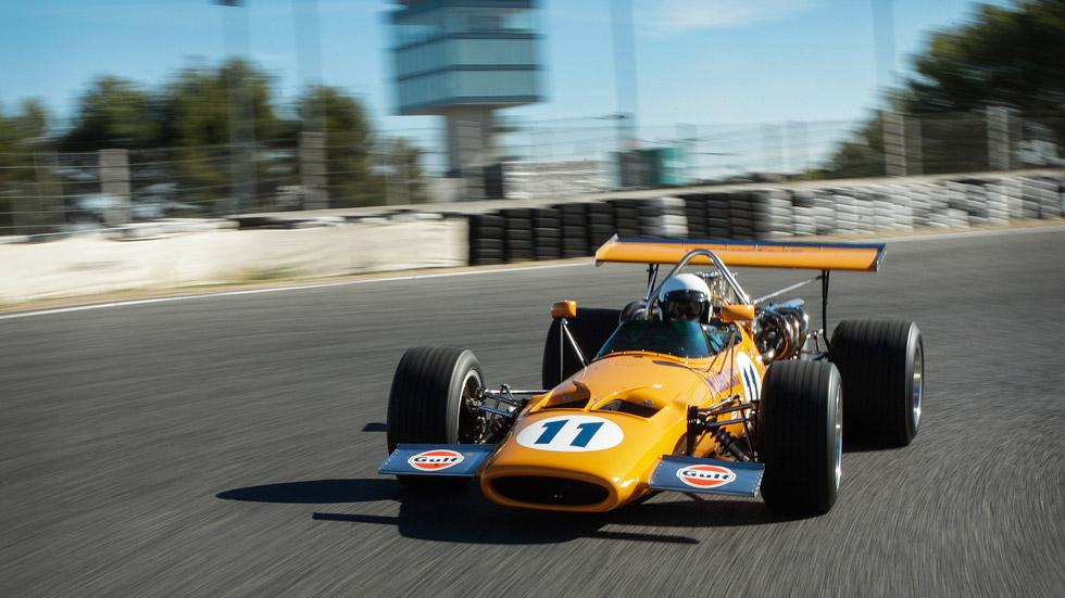 Pedro de la Rosa nos prueba en exclusiva el McLaren M10A