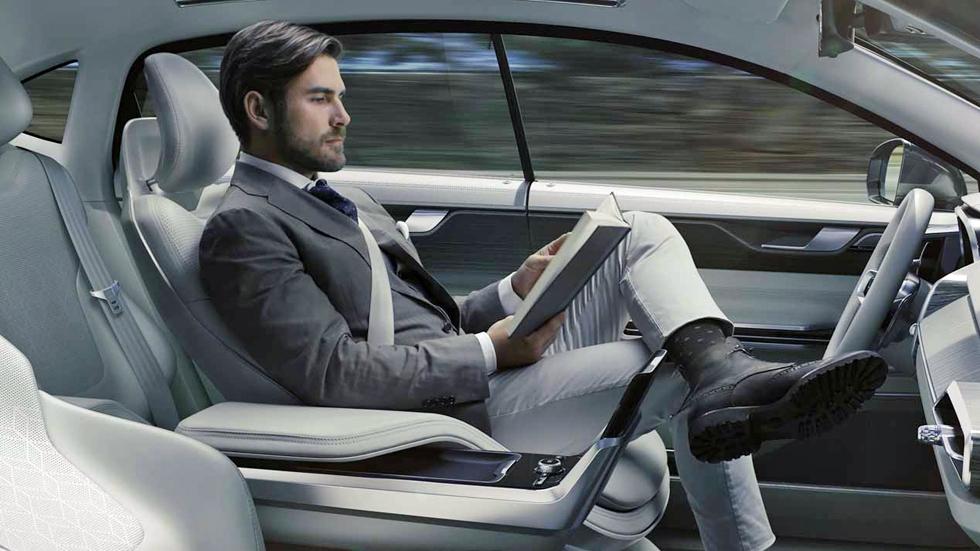 ¿Cuántos conductores españoles viajarían en un coche autónomo?