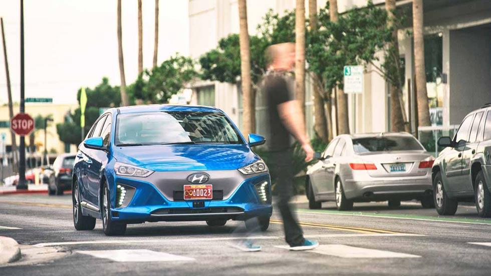 Hyundai desvela un prototipo de Ioniq autónomo