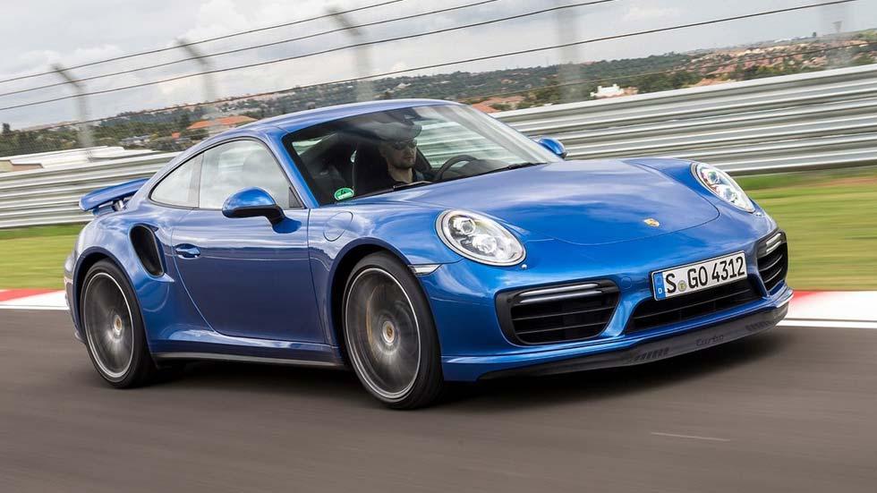 ¿Por qué no acelera igual un Porsche 911 Turbo que tu coche?