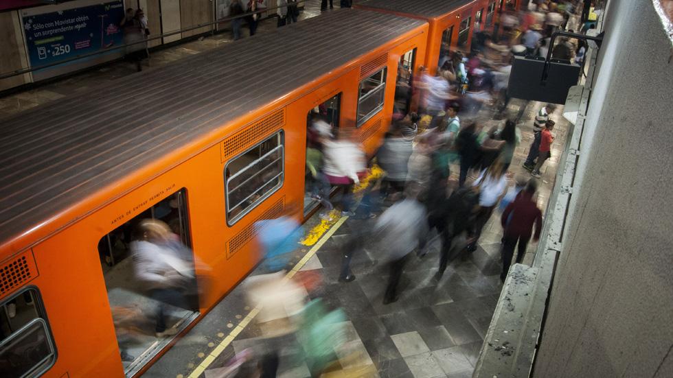 Compartir coche para evitar acosos sexuales en el metro