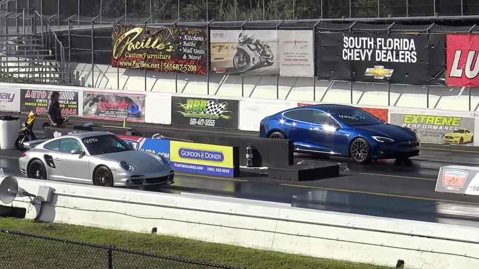 Carrera de aceleración: Tesla Model S vs Porsche 911 Turbo S