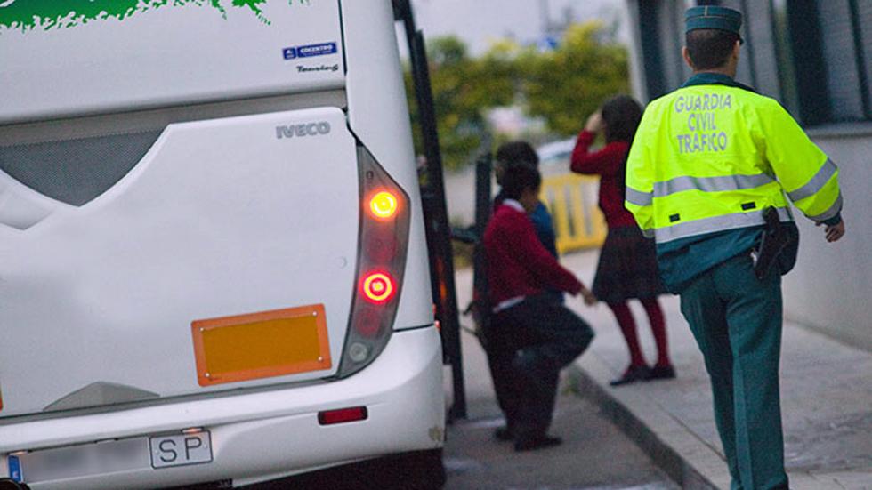 El transporte escolar, más vigilado por la DGT