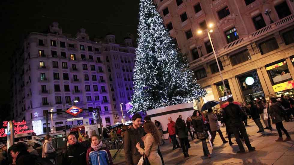 El RACE, en contra de las restricciones de tráfico en Madrid en Navidad