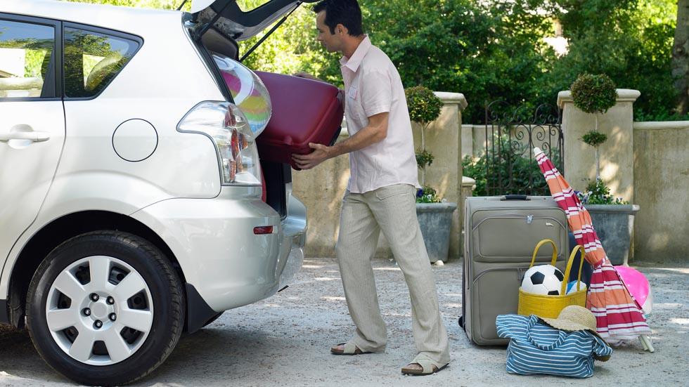 10 hábitos como conductor que son malos para tu coche