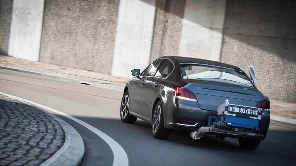 Europa aprieta los límites de contaminación a los coches