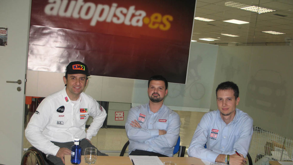Entrevista en directo a Isidre Esteve, piloto de coches del Dakar (vídeo)