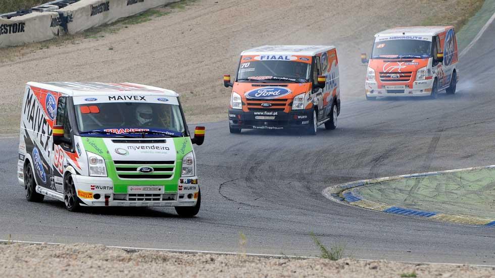 ¡Yo corrí en la carrera de furgonetas Ford Transit Trophy!