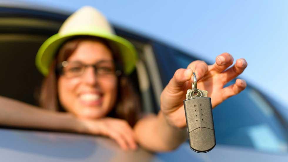 Las empresas de alquiler de coches, con el 17 por ciento de las matriculaciones