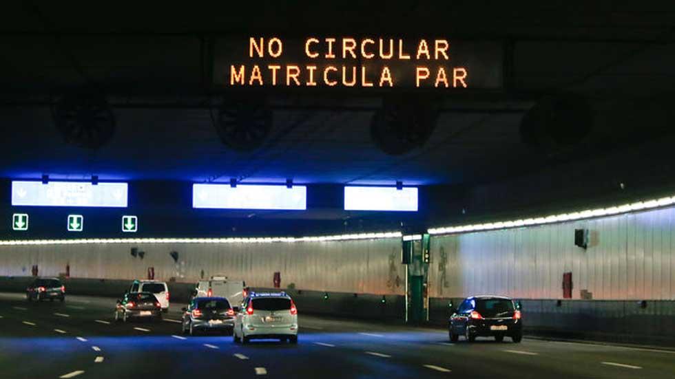 El día en el que sólo los coches con matrícula impar entraron en Madrid