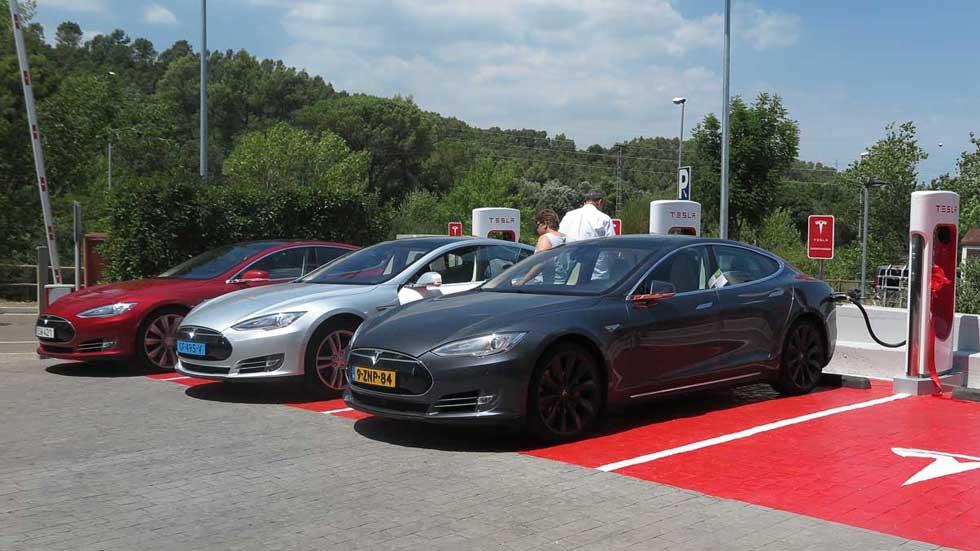 ¿Cómo comprar un coche eléctrico de Tesla en España?