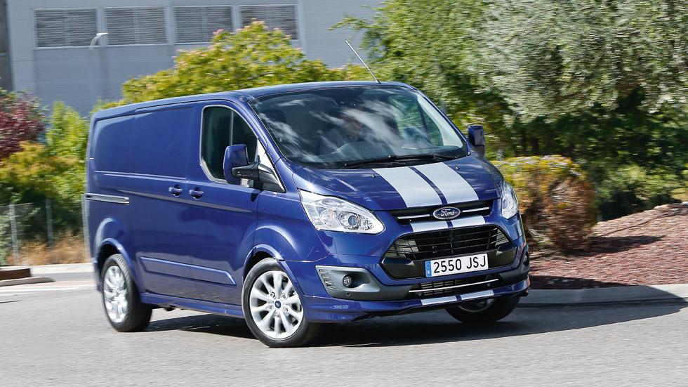 """Ford Transit Custom Van Sport, a prueba un furgón """"de carreras"""""""