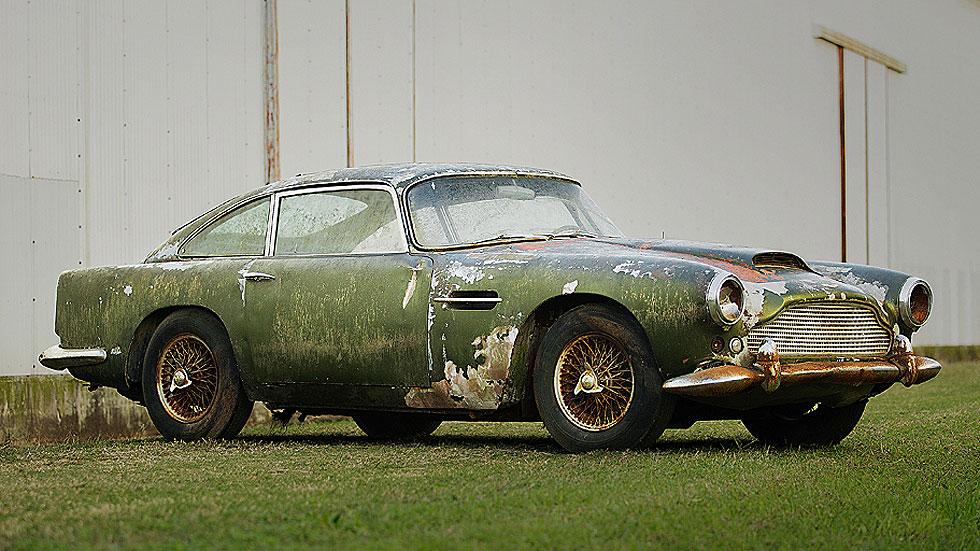 Un Aston Martin abandonado y olvidado durante 45 años, a subasta