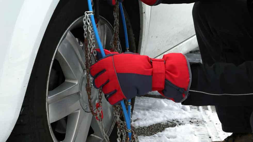 ¿Sabes cómo colocar las cadenas? (Vídeo)
