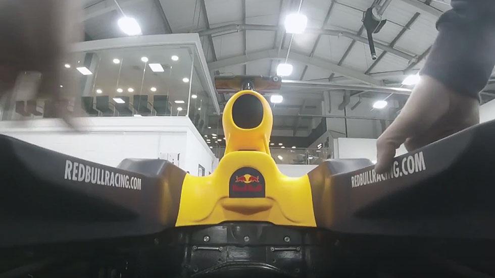 Red Bull nos deja pasar a su fábrica de monoplazas de F1 (vídeo)