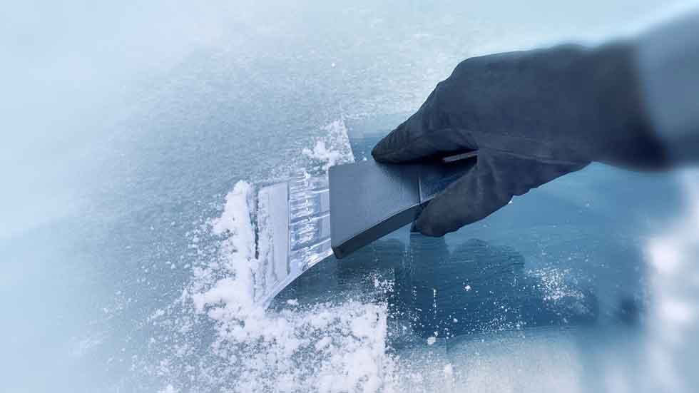 Cómo proteger el parabrisas ante el frío y el hielo