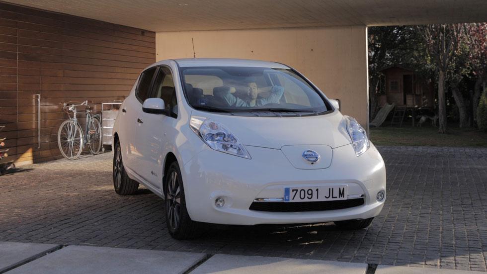 Iniesta, el último fichaje de Nissan: ¿cuáles son sus coches?