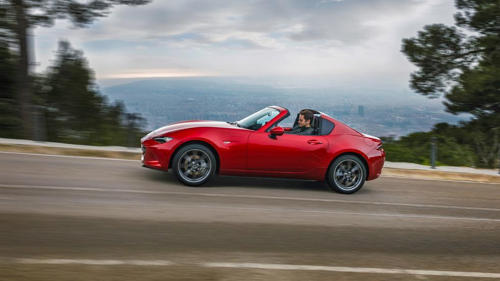 Mazda MX-5 RF: probamos la nueva versión de techo duro retráctil