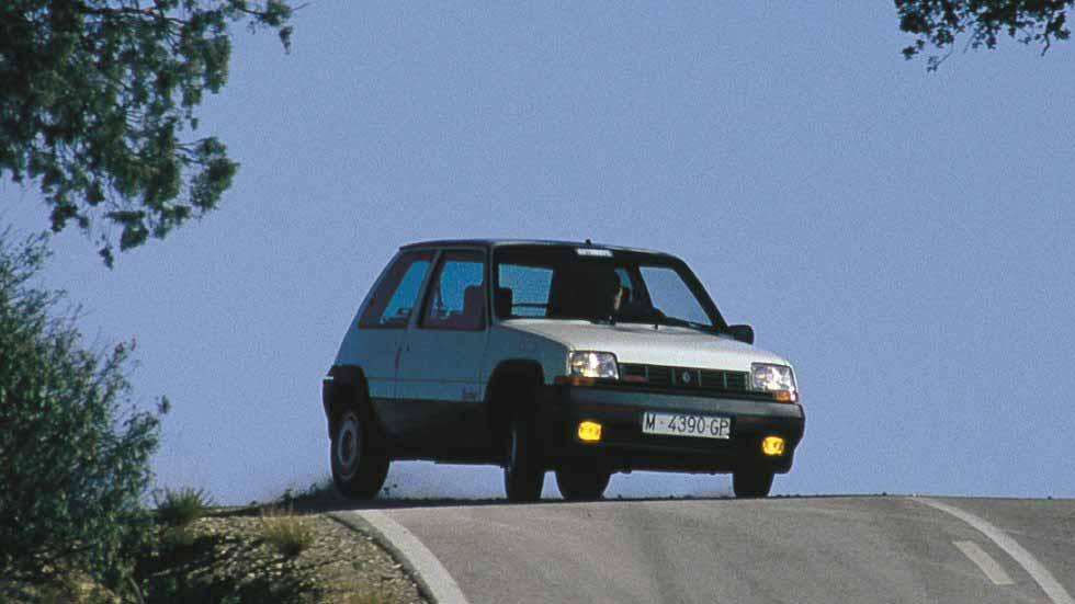 Coches clásicos deportivos de pura raza: a prueba el Renault 5 GT Turbo