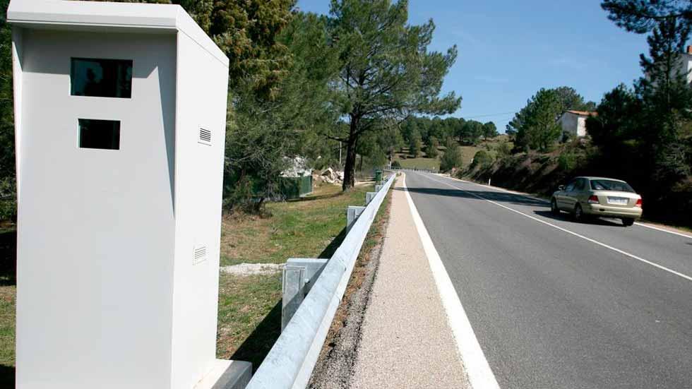 Los radares de España, los que más multan de Europa… y con menor número