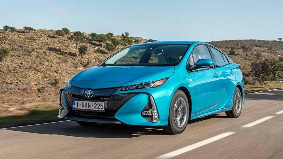 Toyota Prius Plug-in Hybrid 2017: todos los datos del Prius enchufable