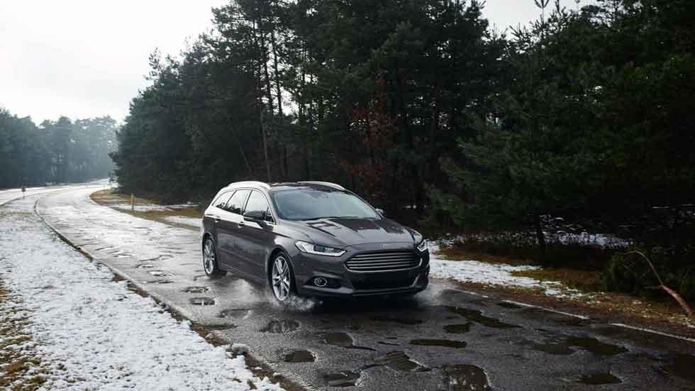 La tecnología de Ford que alerta de los baches en la carretera